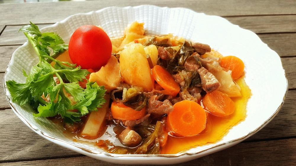 Etli Kereviz Yemeği