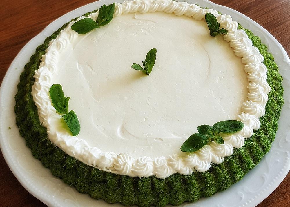 Ispanaklı Yoğurtlu Tart Kek