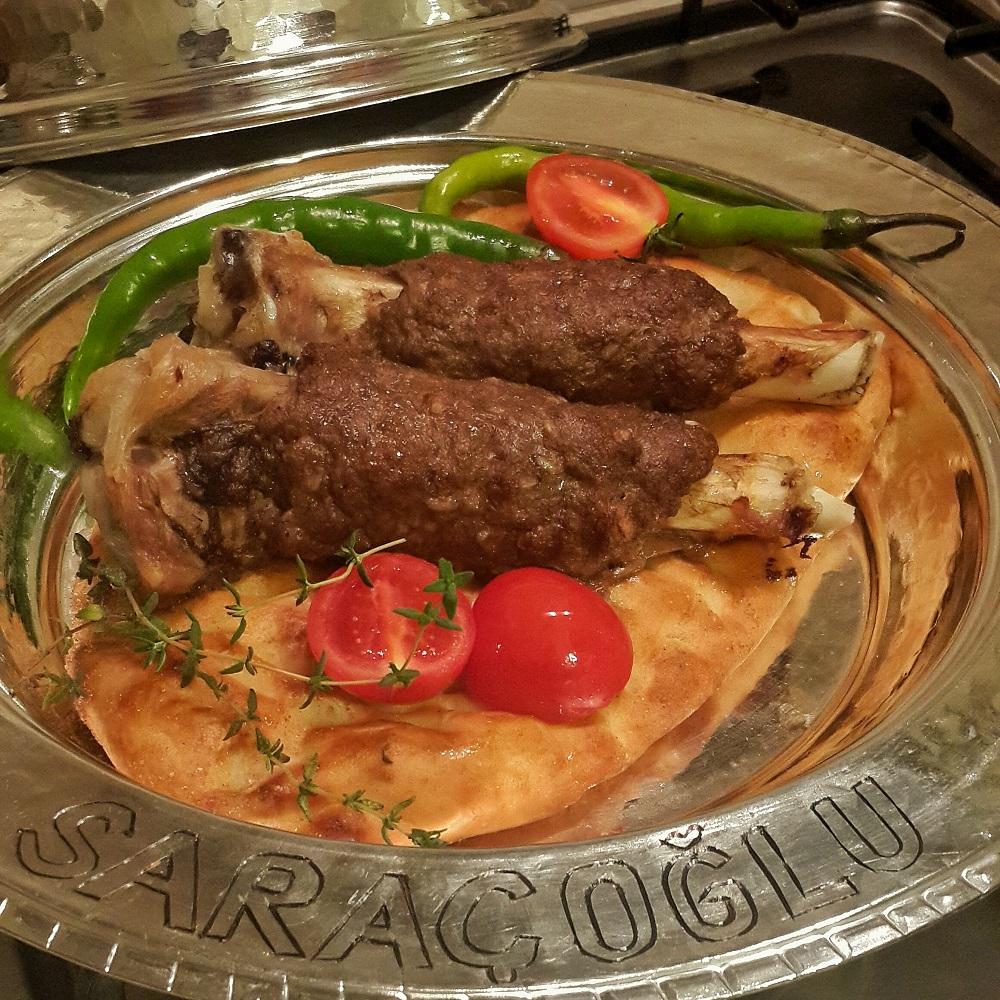 Köfte Kebabı (Kemikte Köfte)
