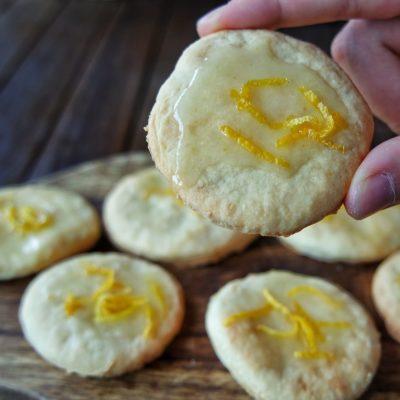 limon glazürlü lor kurabiyesi