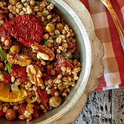 kurutulmus-domatesli-bugday-salatasi-3