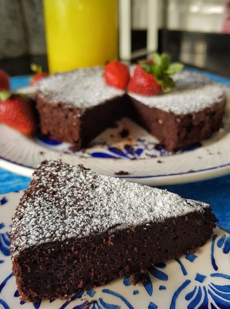 iki-malzemeli-kek