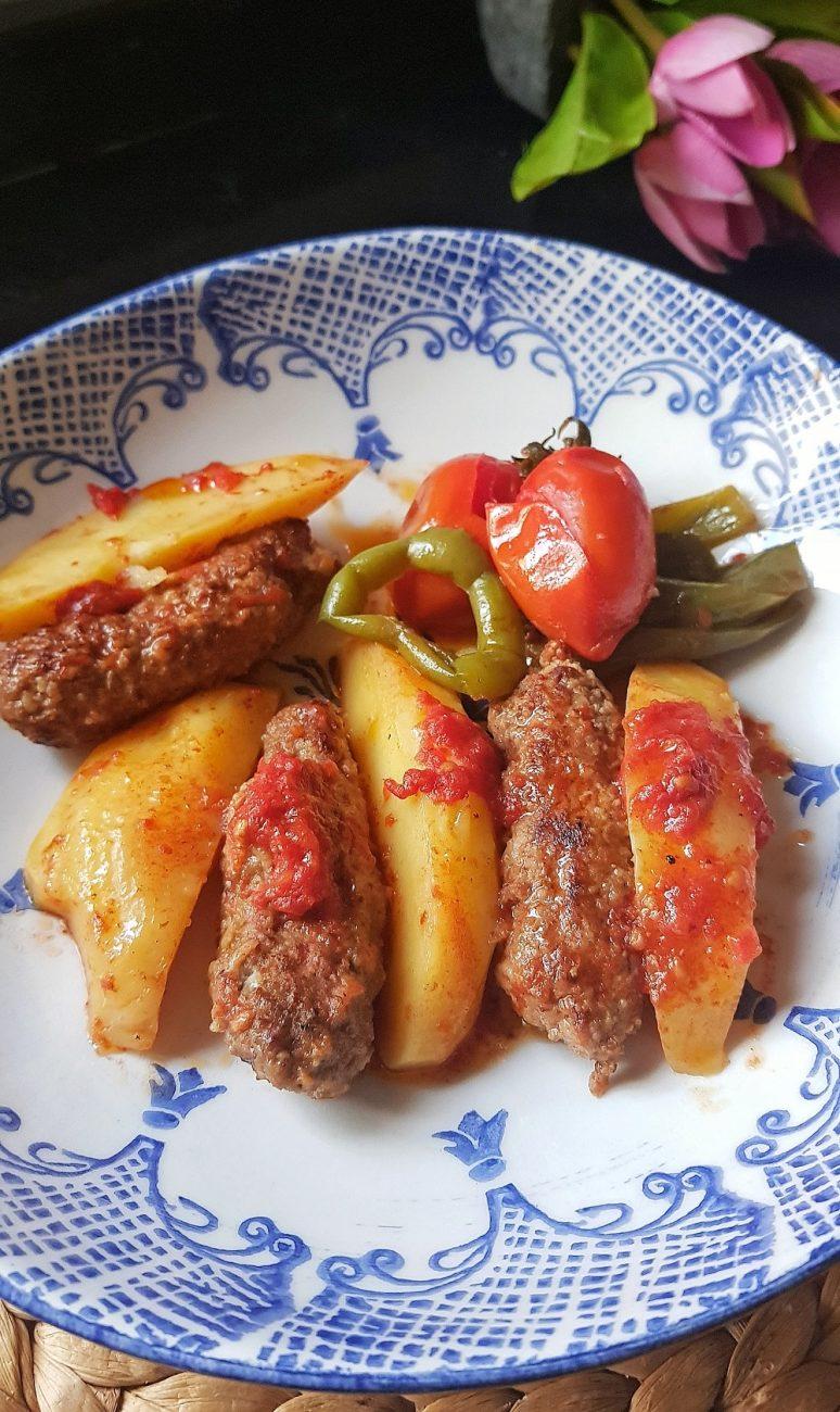 Köfte Patates Tavası